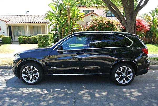 BMW X5 側踏板.jpg
