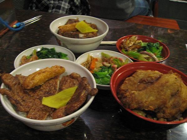 2006的最後一餐..金仙排骨飯..