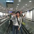 在照時我完全不知那些外國人在後面比YA!!