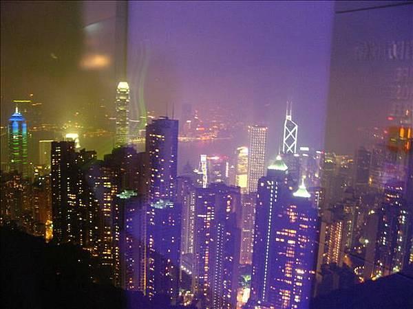 夜景真的還蠻美的啦....