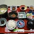 第二天的日式早餐..講真的.我吃不習慣..
