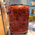 我也想要這行李箱...