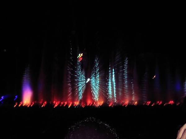 本日首選---聖淘沙超讚水舞
