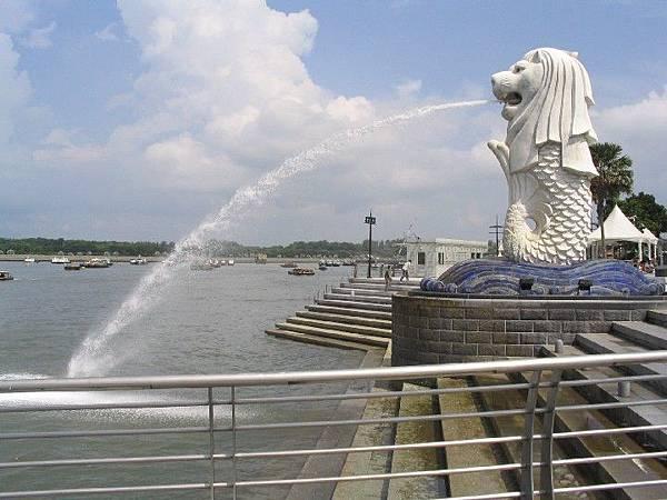 新加坡的象徵-魚尾獅