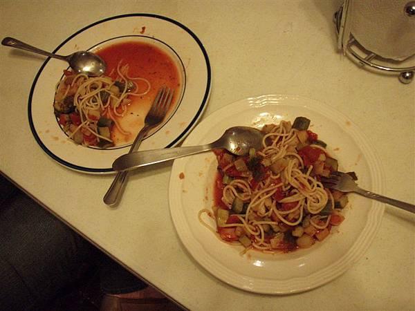 DAY 10-自己煮的義大利麵