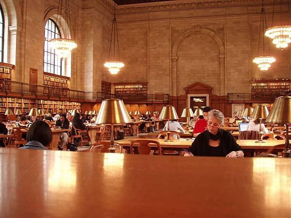 DAY 2-紐約公共圖書館--燈光美氣氛佳!真是讀書的天堂!