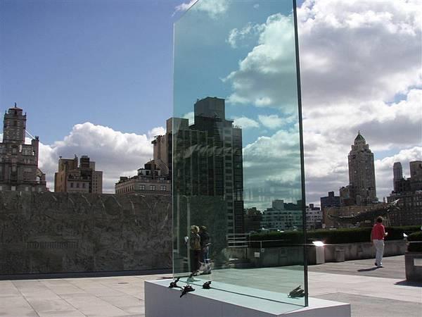 DAY 4-這也是藝術!!!!玻璃和死鳥!