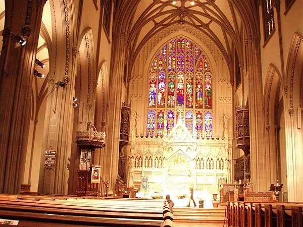 DAY 5-三一會教堂---金碧輝煌