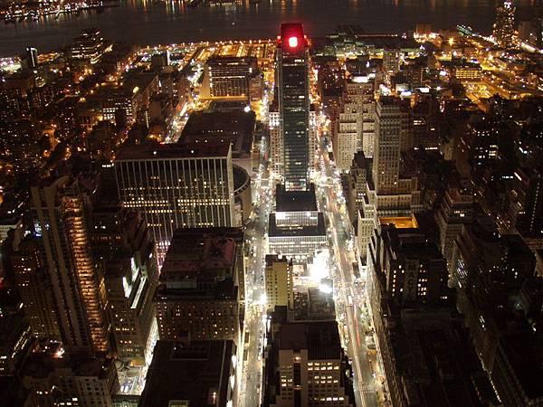 DAY 6-曼哈頓島夜景看透透...燈火通明!川流不息的車流
