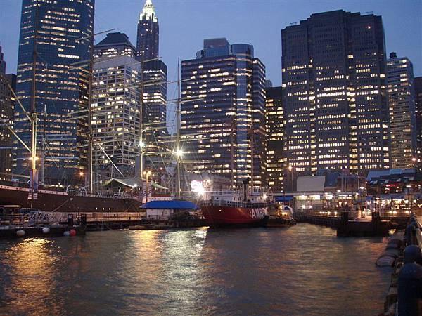 DAY 9-南街海港夜景
