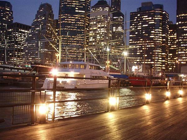 DAY 9-南街海港夜景很假吧!用夜景模式加腳架拍的