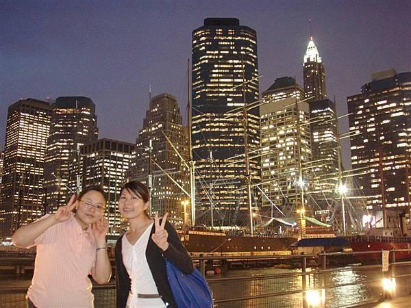 DAY 9-南街海港夜景+我們...要維持十多秒不動!真的很困難!