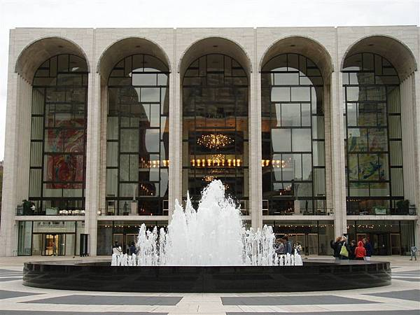 DAY 11-大都會歌劇院外觀