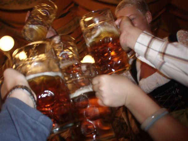 乾杯吧!...
