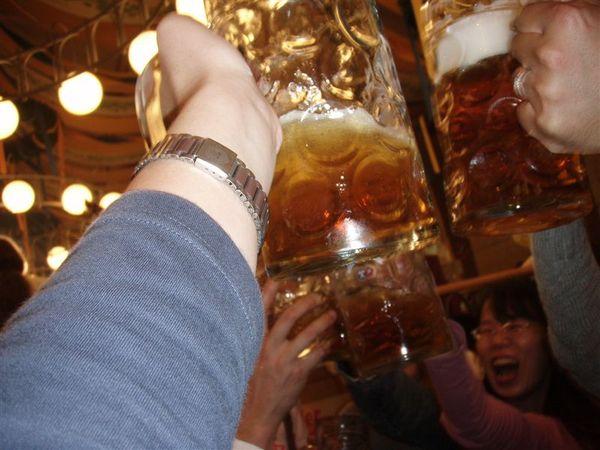 再乾杯吧...