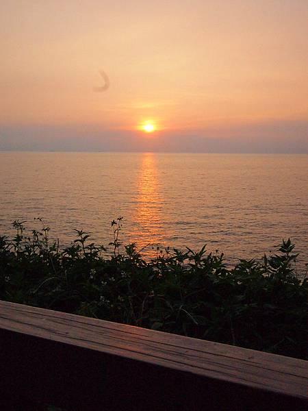 海天一線夕陽