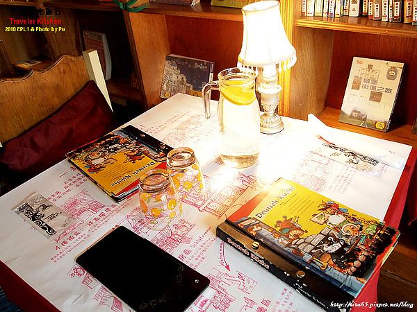 桌上擺飾~