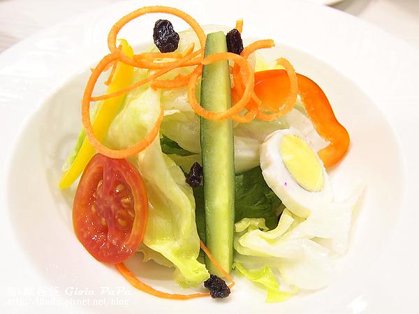 千島沙拉 (還沒淋上千島醬ㄉ)