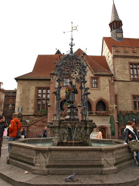 哥廷根---趕鵝少女雕像
