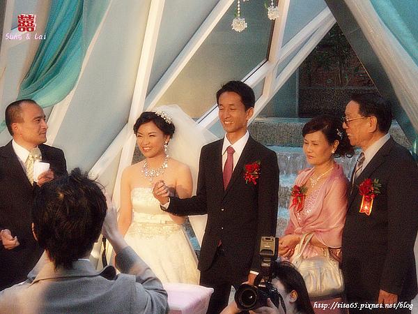 婚宴前的小儀式