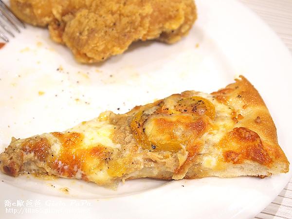 蕃茄鮪魚PIZZA