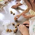 手工餅乾製作中~