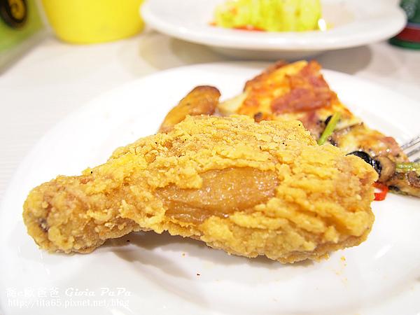熱騰騰的炸雞