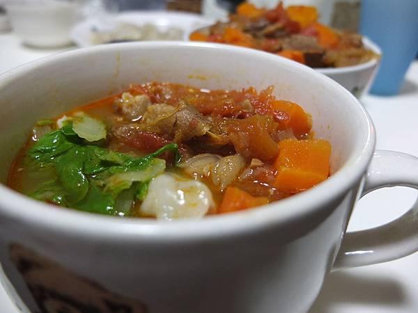 牛肉湯麵 (5)