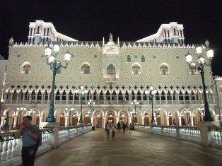 威尼斯人night12.JPG