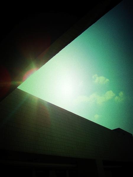角落的太陽