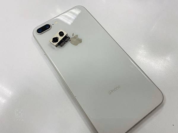 IPHONE8P相機損壞.jpg