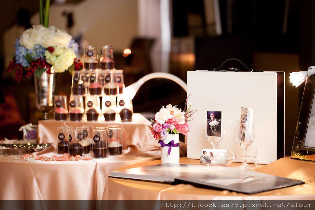 T&J杯子蛋糕參加婚禮囉~