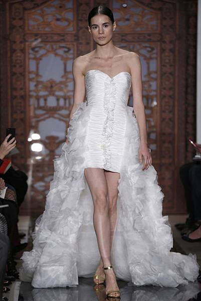 reem-acra-bridal-autumn-winter-2013-7.jpg