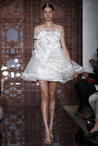 reem-acra-bridal-autumn-winter-2013-9.jpg
