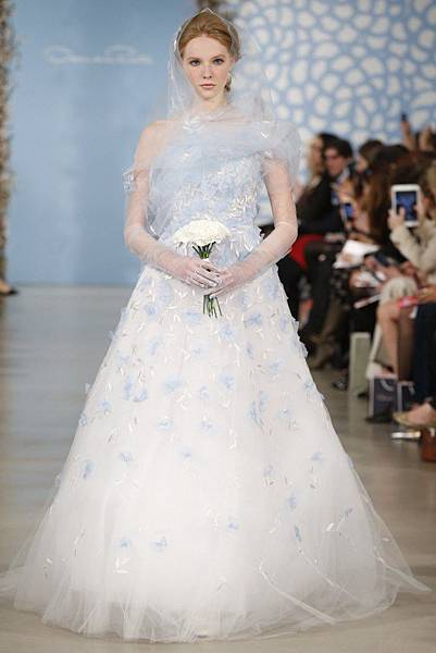 oscar-de-la-renta-bridal-spring-2014-collection-1.jpg