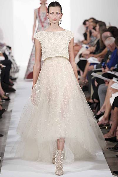 the-runway-looks-made-for-marriage-14.jpg