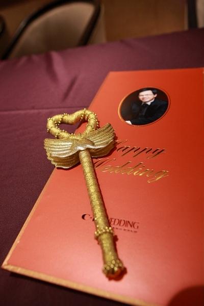 金色愛心筆也有特寫!