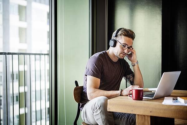 英文聽力/加強英文聽力/聽力訓練