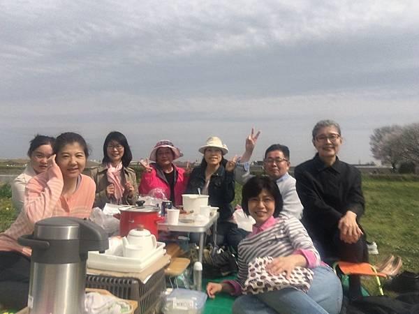 48庄内緑地公園お花見_170424_0001.jpg