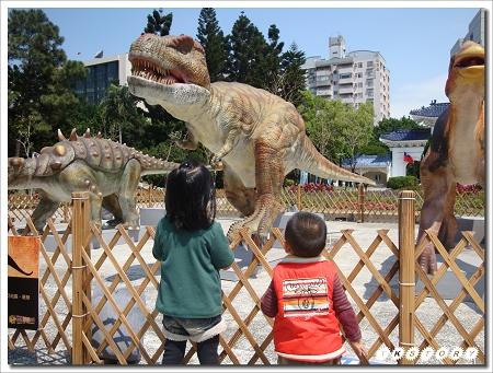 20100327-世界恐龍大展~08.jpg