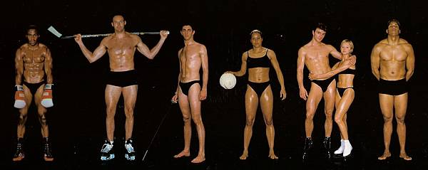 howard-schatz-and-beverly-ornstein-olympic-athlete-body-types-icehockey-fencing-iceskating