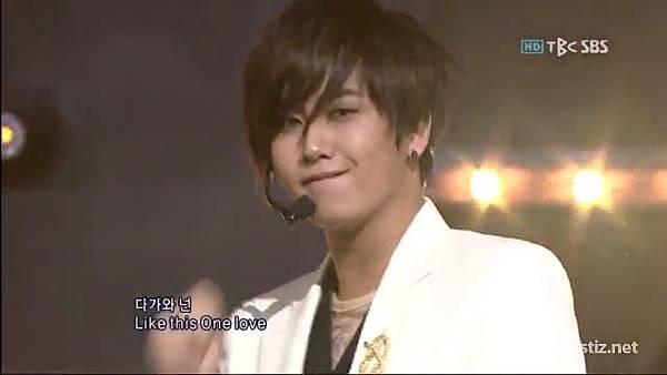 091025 SS501 - Love Like This @ Popular Song (2 2).flv_000133583.jpg