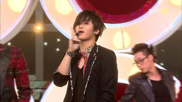091024 MBC Music Core.Love Like this[BDSS501_1024].AVI_000164264.jpg