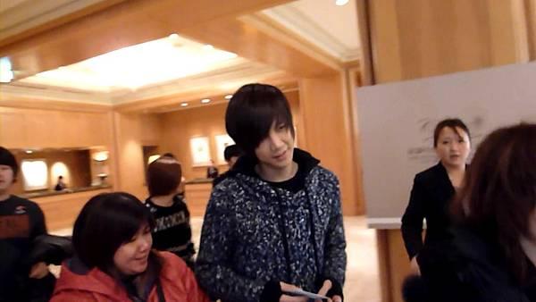 20101227+(1)元斌+出西華.MTS_000001568.jpg
