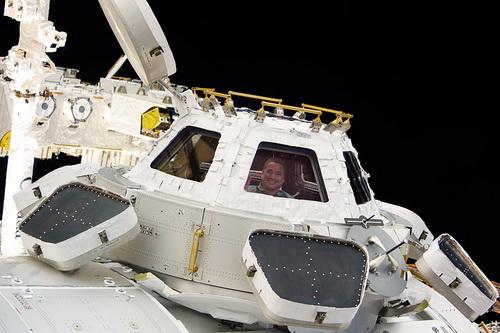 ISS022-E-068726.jpg