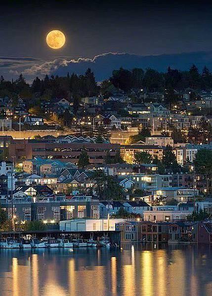 西雅圖滿月