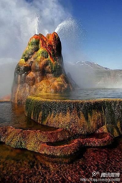 黑岩沙漠內古湖