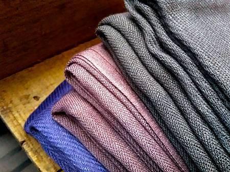 草木手染絲光棉圍巾