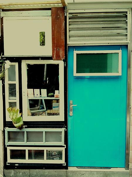 我也有藍色大門!距離開幕時間48小時前