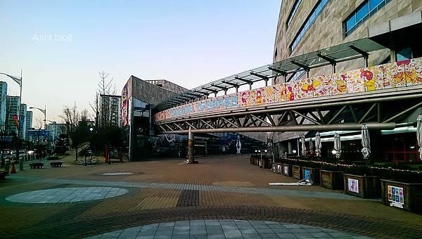 韓國仁川 Aiins World 夢幻小人國 世界奇幻夜景 (三山體育館站)